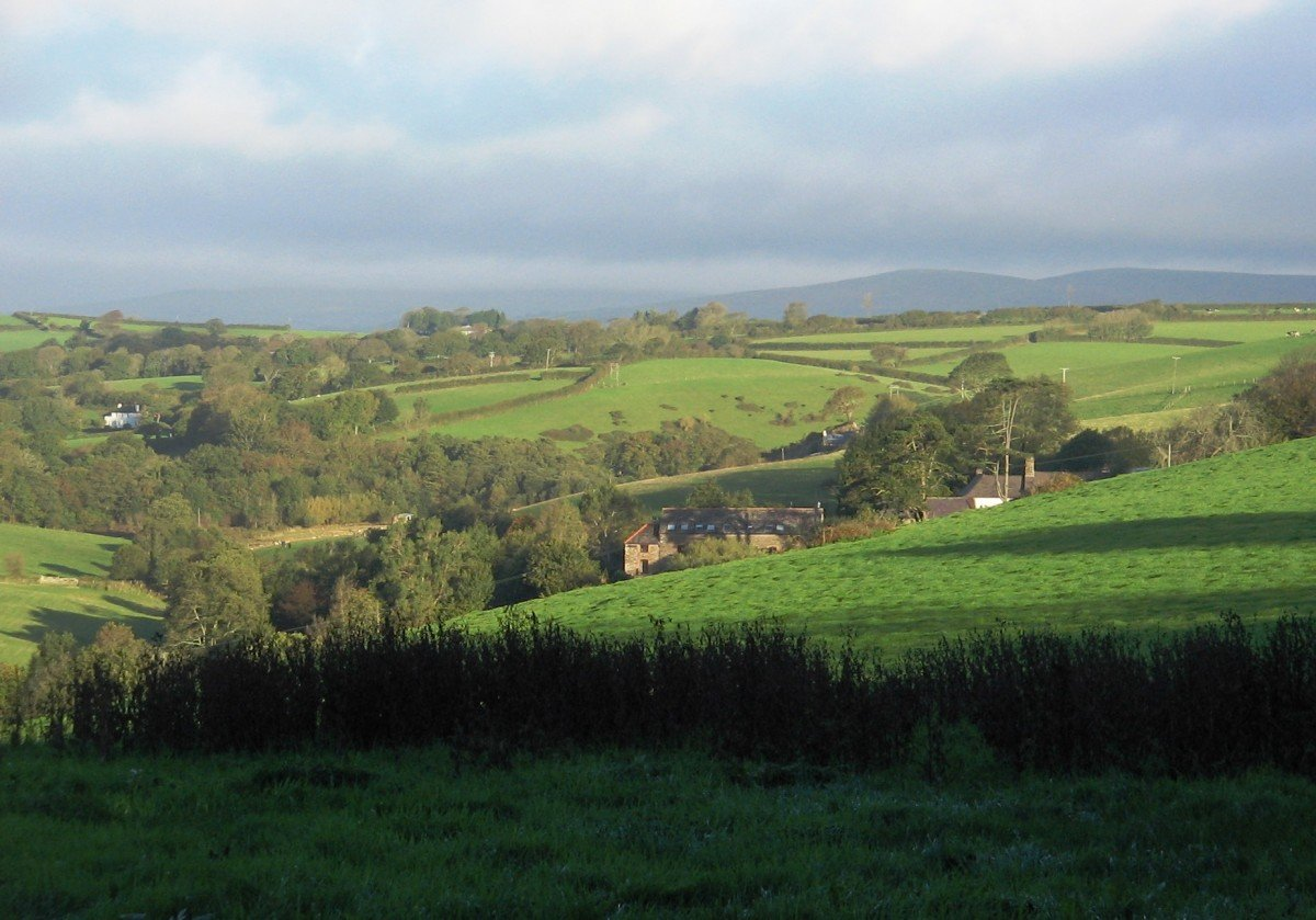 Towards Modbury, Wakeham Farm and Grove Park
